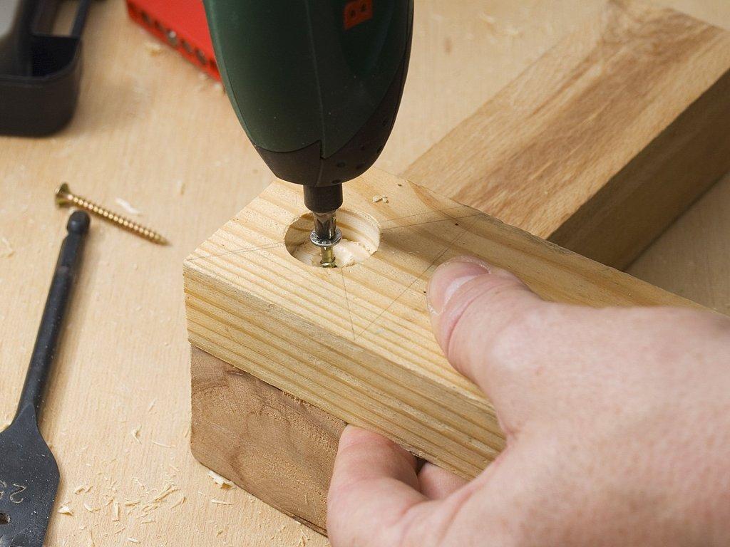 Qu tornillos debo usar para trabajos de bricolaje con for Bricolaje en madera pdf